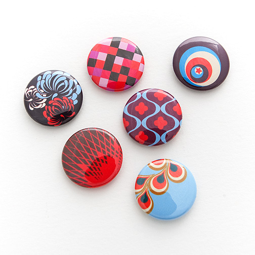 custom-full-color-button-pins